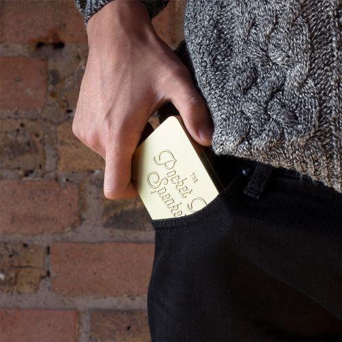 Mini enceinte Bluetooth dans boîte métallique