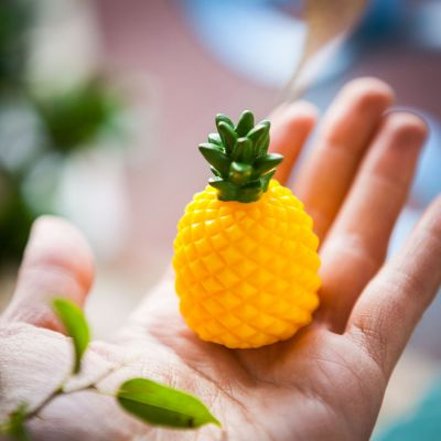 Cadeaux rigolos - Baume à lèvres Ananas