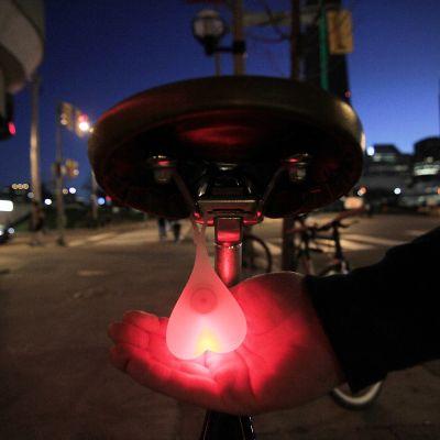 Cadeaux rigolos - Boules pour Vélo - Lumière