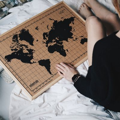 Idées cadeaux parents - Pinboard Carte du Monde