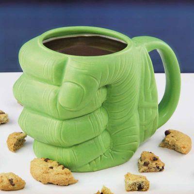 Idées cadeaux pour mettre dans le calendrier de l'avent - Tasse Hulk Poing Serré