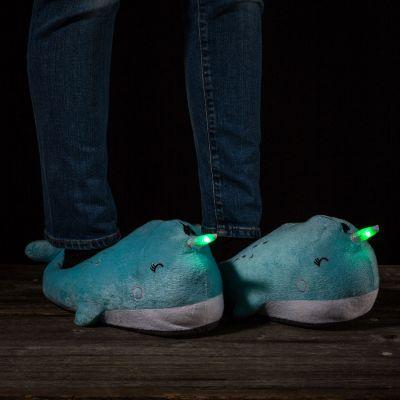 Cadeau Enfant - Chaussons Lumineux Narval