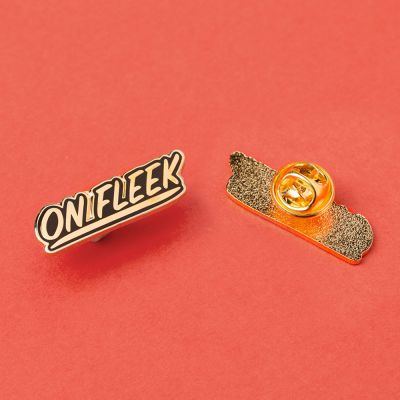 Vêtements & Accessoires - Pin's On Fleek