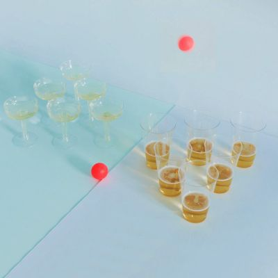 Jeux & Farces - Prosecco Pong VS Beer Pong