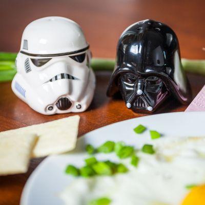 L'univers Star Wars - Salière et Poivrière Star Wars