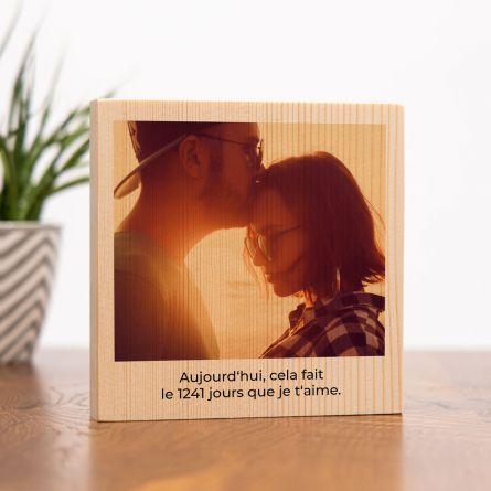 Photo carrée sur bois avec image et texte