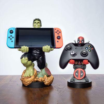 Cadeau frère - Portes-smartphones Marvel avec câble de chargement