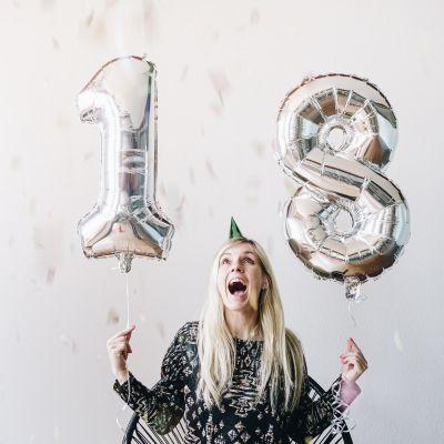 Cadeau anniversaire - Ballons nombres géants