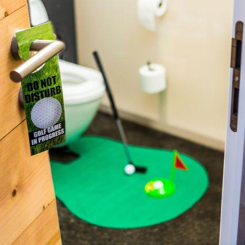 Idée cadeau - Set de golf ultime pour les toilettes